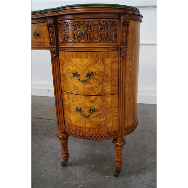 Louis XVI Kidney Shape Marquetry Inlaid Vanity - Image 7 of 10