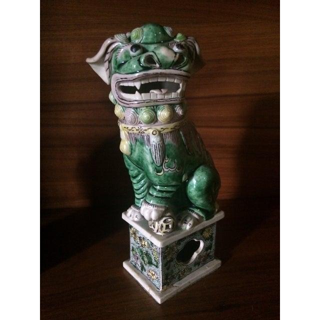 Famille-Verte Porcelain Foo Dogs - Pair For Sale - Image 7 of 9