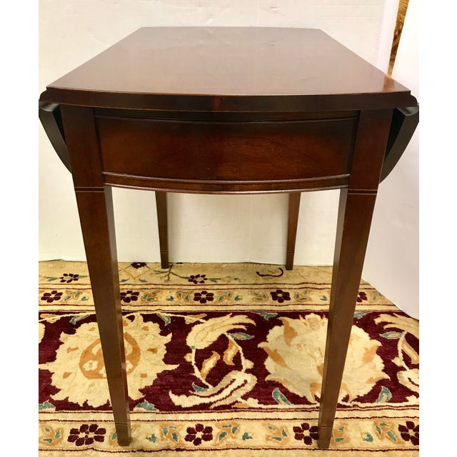 20th Century Federal Hickory Chair Mahogany Inlay Drop Leaf End Tables - a Pair For Sale - Image 9 of 10