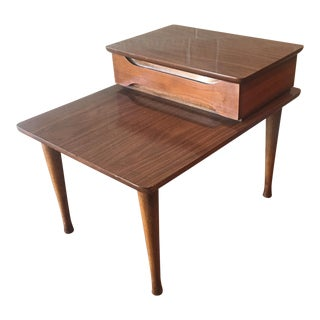 Mid Century American of Martinsville Two Tier Side Table For Sale