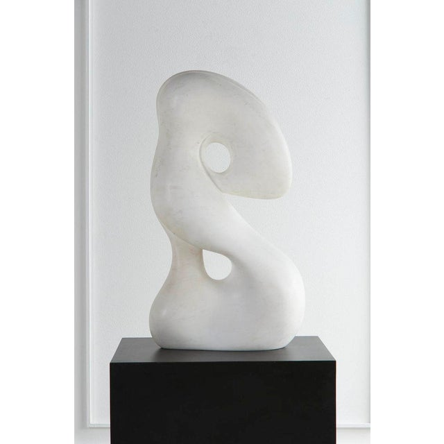 Abstract Biomorphic Carrara Marble Sculpture on Pedestal For Sale - Image 3 of 8