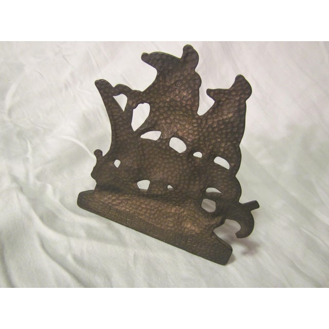 1920s 1928 Vintage English Hammered Copper Galleon Ship Bookend For Sale - Image 5 of 9