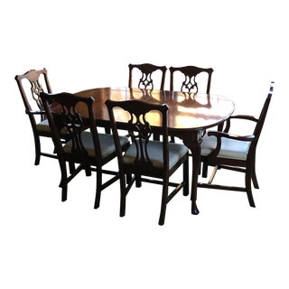 Queen Anne Harden Cherry Dining Set - 7 Pieces For Sale