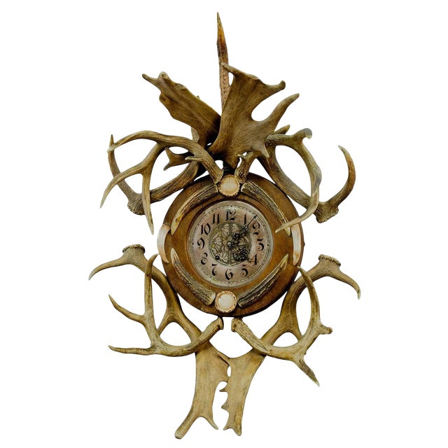 Antique Cabin Decor Antler Wall Clock 1900 For Sale