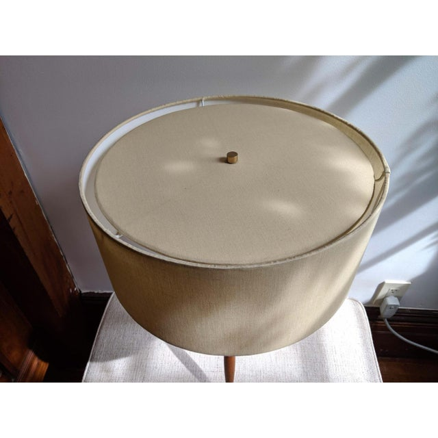 Mid-Century Modern Mid-Century Gerald Thurston Tripod Table Lamps With Silk Shades - a Pair For Sale - Image 3 of 4