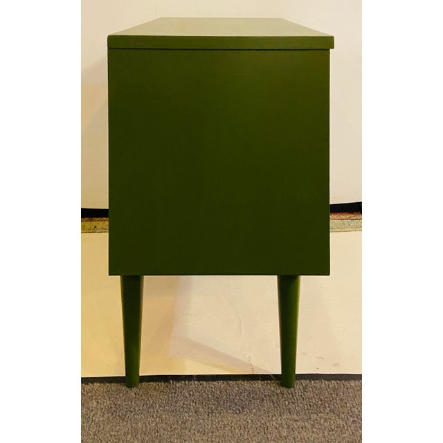 Mid Century Modern Two Tone Nightstands - a Pair For Sale - Image 11 of 13