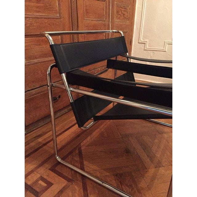 Wassily Vintage Black Leather & Chrome Chair - Image 4 of 4