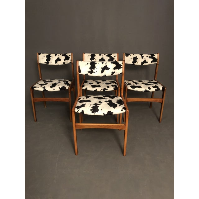 Mid-Century Modern Vintage Mid Century Curated Teak Danish Dining Chairs- Set of 4 For Sale - Image 3 of 12