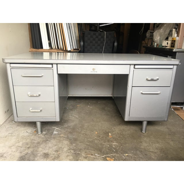 1970s Mid-Century Modern Steelcase Metal Tanker Desk For Sale - Image 9 of 9