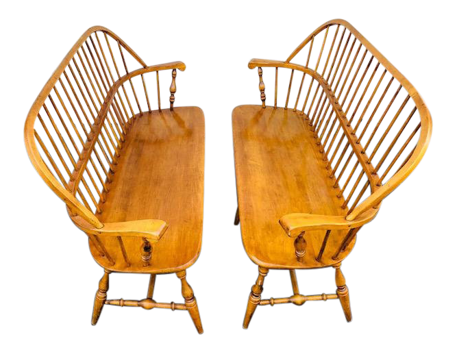 Charmant Vintage Ethan Allen Mid Century Maple Windsor Benches  A Pair