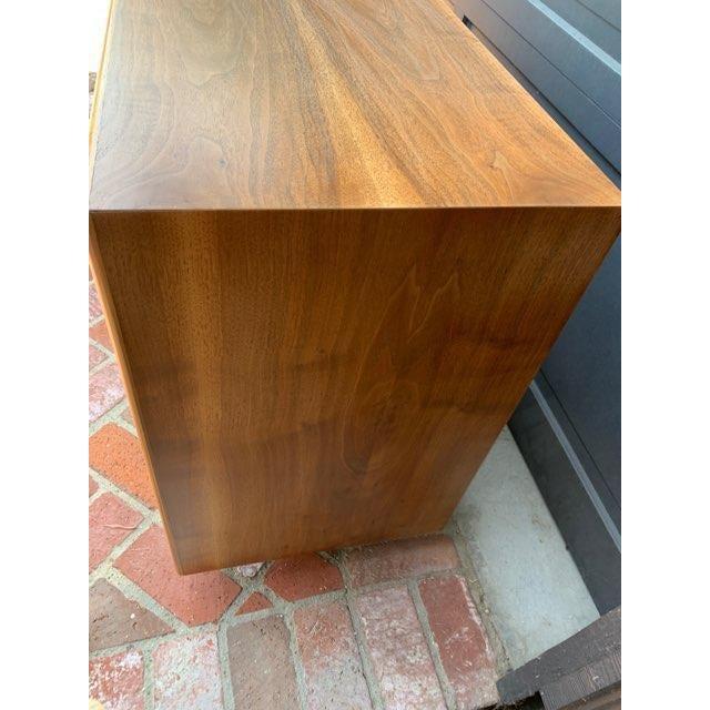 Lane Furniture MCM Lane 9-Drawer Dresser With Chevron Drawers For Sale - Image 4 of 9