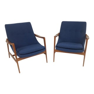 Blue Chenille Mid-Century Lounge Chairs - A Pair For Sale