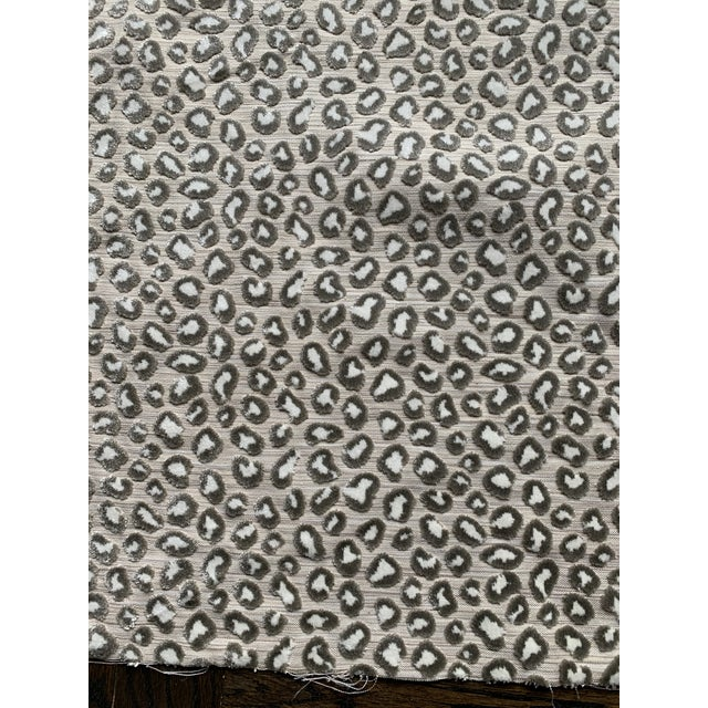 Boho Chic 1 Yard Colefax and Fowler Wilde Leopard Velvet Fabric For Sale - Image 3 of 9