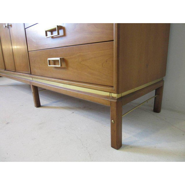 Kip Stewart Mid-Century Mahogany and Brass Server or Sideboard for Drexel For Sale In Cincinnati - Image 6 of 9