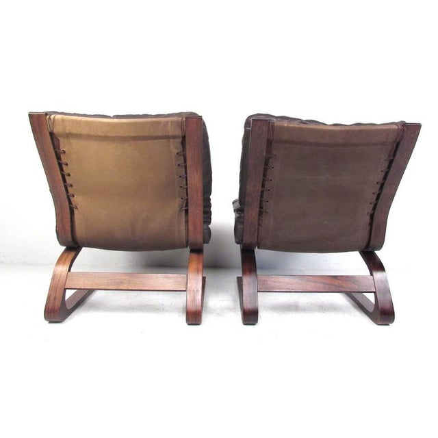 Remarkable Pair Of Mid Century Modern Westnofa Siesta Chairs Gmtry Best Dining Table And Chair Ideas Images Gmtryco