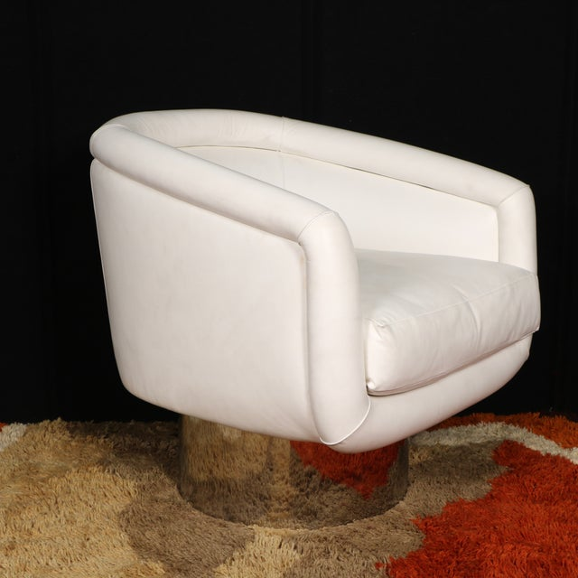 Leon Rosen for Pace Collection Swivel Lounge Chair - Image 4 of 10