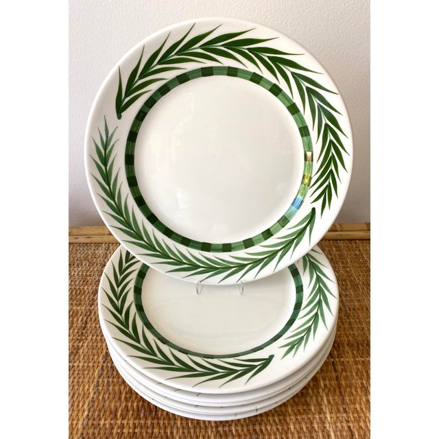 Este Ceramiche Vietri Green Laurel Rim Dinner Plates - Set of 7 For Sale - Image 10 of 10