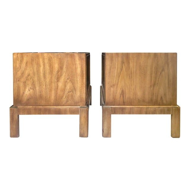Mid 20th Century Drexel Maple & Brass Campaign Nightstands - a Pair For Sale - Image 5 of 12