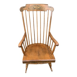 1990s Vintage 1Nichols and Stone Windsor Style Maple Wood Rocking Chair For Sale