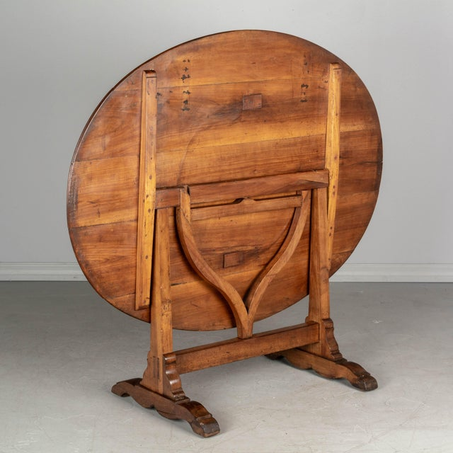 French Oval Wine Tasting or Tilt-Top Table For Sale - Image 11 of 12