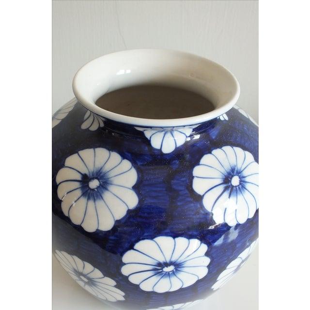 Stylized Floral Blue & White Bulbous Ceramic Vase - Image 7 of 7