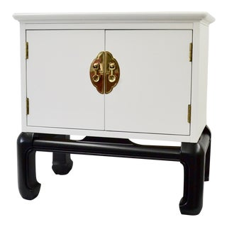 1970s Vintage Lane Chinoiserie Black & White Nightstand For Sale