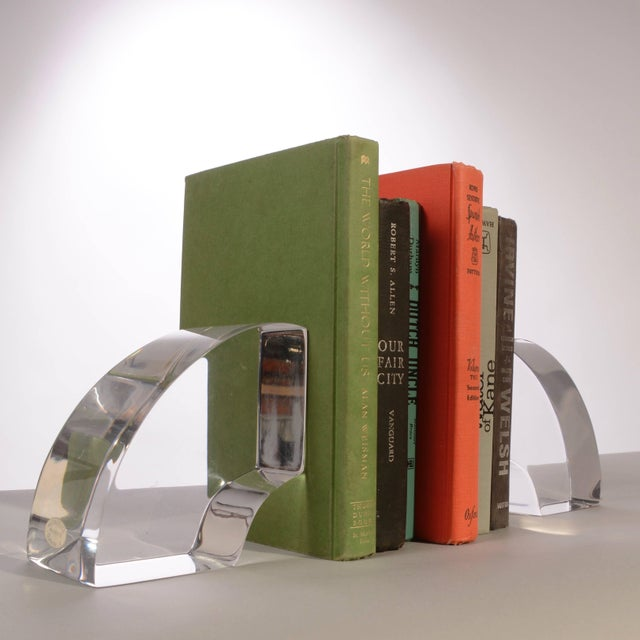 Lucite Vintage Modern Astrolite Products Lucite Arched Bookends For Sale - Image 7 of 9