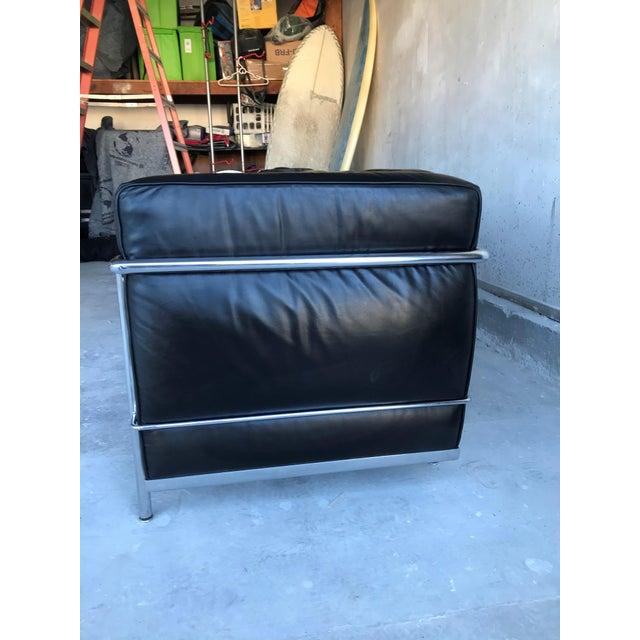Contemporary 1980s Le Corbusier Lc2 Three Seat Sofa For Sale - Image 3 of 8