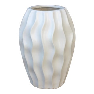 Modern White Swirl Vase For Sale