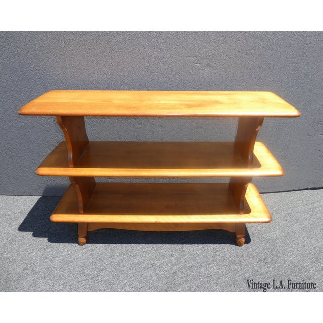 Vintage Mid Century Modern 3 Tier Maple Wood Bookcase French Country Shelves Gorgeous Bookcase in Great Vintage Condition....