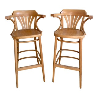 Mid Century Thonet Radomsko Bentwood Counter Stools With Arms - a Pair For Sale
