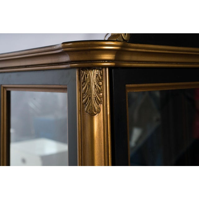 Black and Gold Mirrored Curio Cabinet For Sale - Image 4 of 10