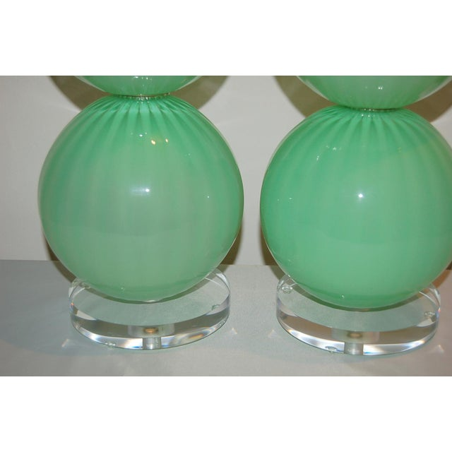 Joe Cariati Hand Blown Glass Ball Table Lamps Green For Sale - Image 9 of 10