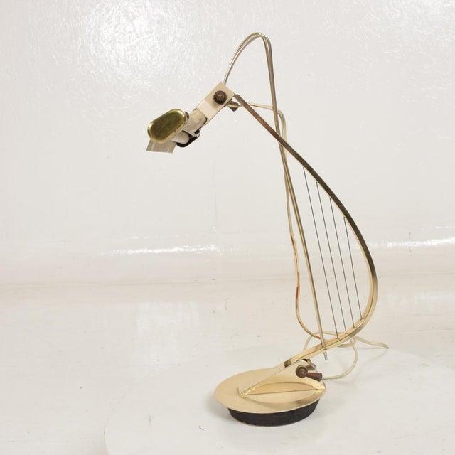 Aluminum Mid-Century Modern Sculptural Harp Shape Table / Desk Lamp For Sale - Image 7 of 10