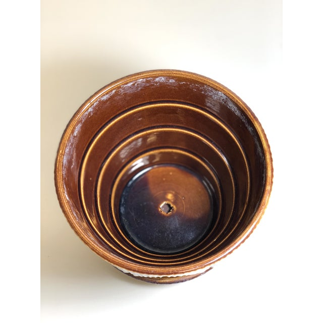"American McCoy Pottery 1940s - 1960s Large ""Brown"" Mid-Century Flower Pot and Saucer For Sale - Image 3 of 6"