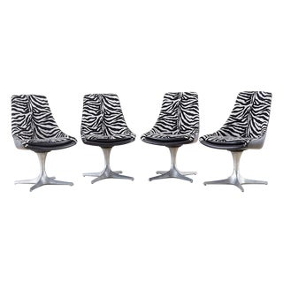 Set of Four Mid-Century Chromcraft Zebra Swivel Dining Chairs For Sale