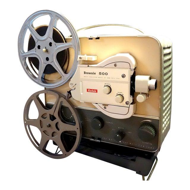 Vintage Art Deco Kodak 8mm Movie Projector Circa 1950s. Fabulous Mid Century Streamline Look For Sale