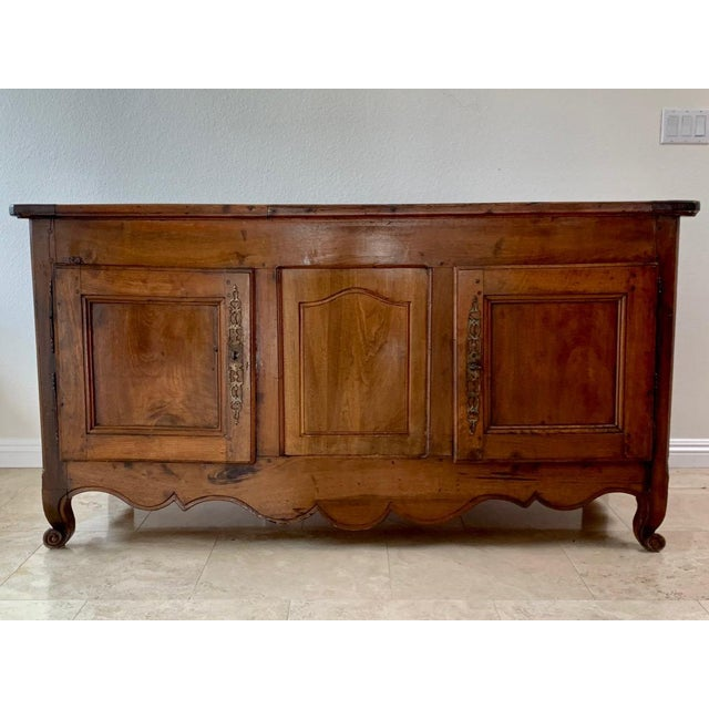 Solid walnut. 18th century country French buffet.