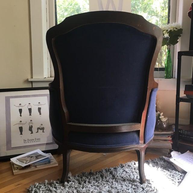 Fogle Furniture Co Navy Velvet Arm Chair - Image 5 of 6