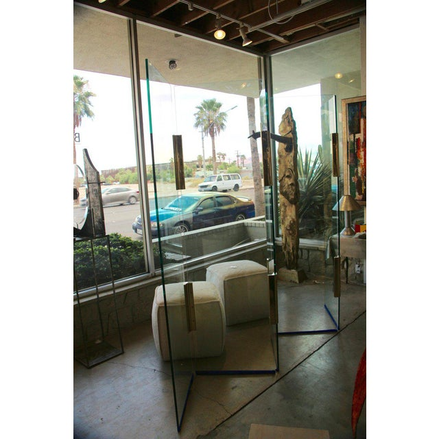 Mid-Century Modern Five-Panel Glass and Brass Hinge Room Divider For Sale - Image 3 of 13