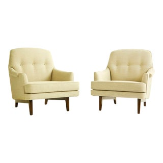 Pair of Roger Sprunger Lounge Chairs for Dunbar For Sale