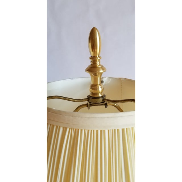 1990s Vintage Polished Brass Buffet Lamp For Sale - Image 5 of 13