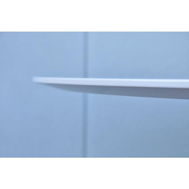 """1950s Mid-Century Modern Eero Saarinen Style 48"""" Round White Top Tulip Dining Table - Image 8 of 13"""