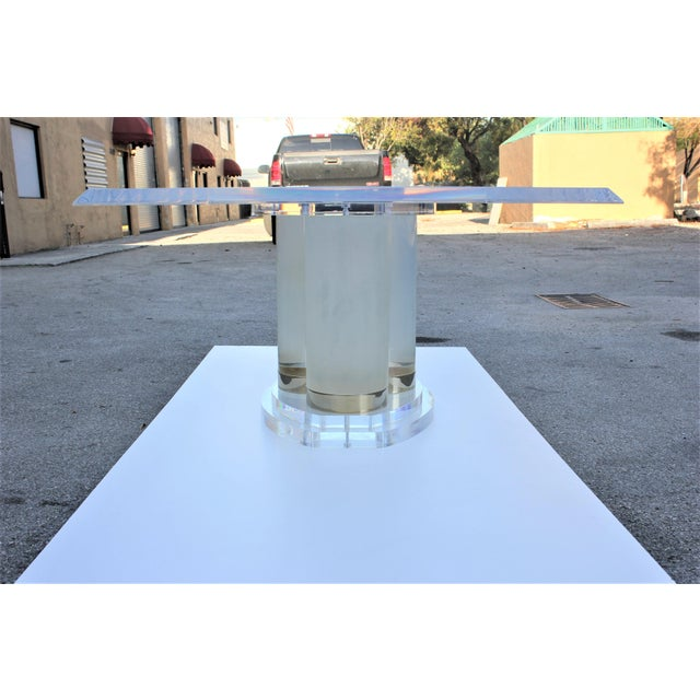 Lion in Frost Mid-Century Modern Lucite Dining Table For Sale In Miami - Image 6 of 13