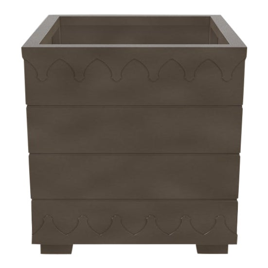 Oomph Ocean Drive Outdoor Planter Large, Dark Gray For Sale