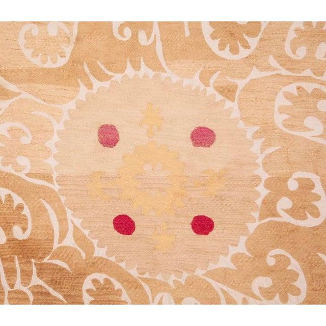 Mid 20th Century Samarkand Suzani Neutral Textile Rug Uzbek For Sale - Image 4 of 7