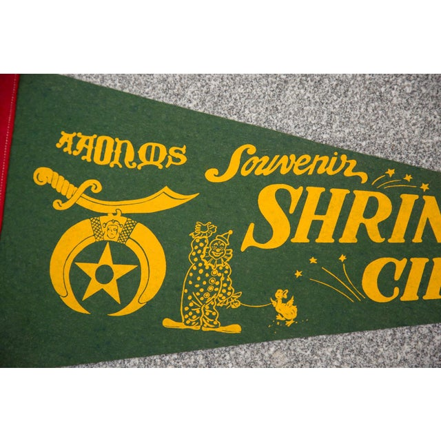Vintage 1940s / 50s felt flag banner that is so charming and fun! This felt flag banner is in vintage condition and may...
