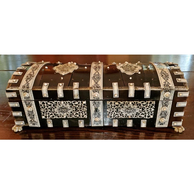 Anglo-Indian 19th Century Anglo Indian Vizagapatam Dark Shell and Faux Ivory Glove Box For Sale - Image 3 of 7
