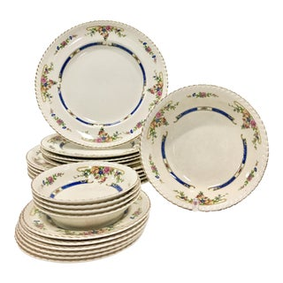 "Early 20th Century Antique Johnson Brothers ""Eastbourne"" English Porcelain Plates- Set of 21 For Sale"