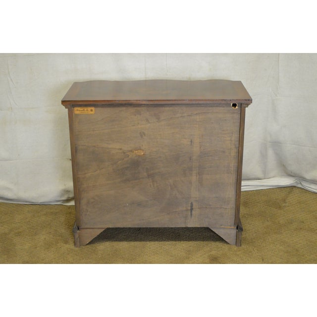 Trouvailles Furniture Inc. Trouvailles Continental Style Burl Wood Serpentine Chest of Drawers For Sale - Image 4 of 11